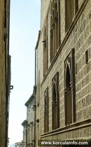 Arneri Palace - side facade
