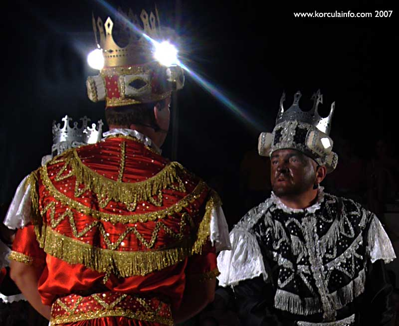 Negotiating Kings @ Moreska