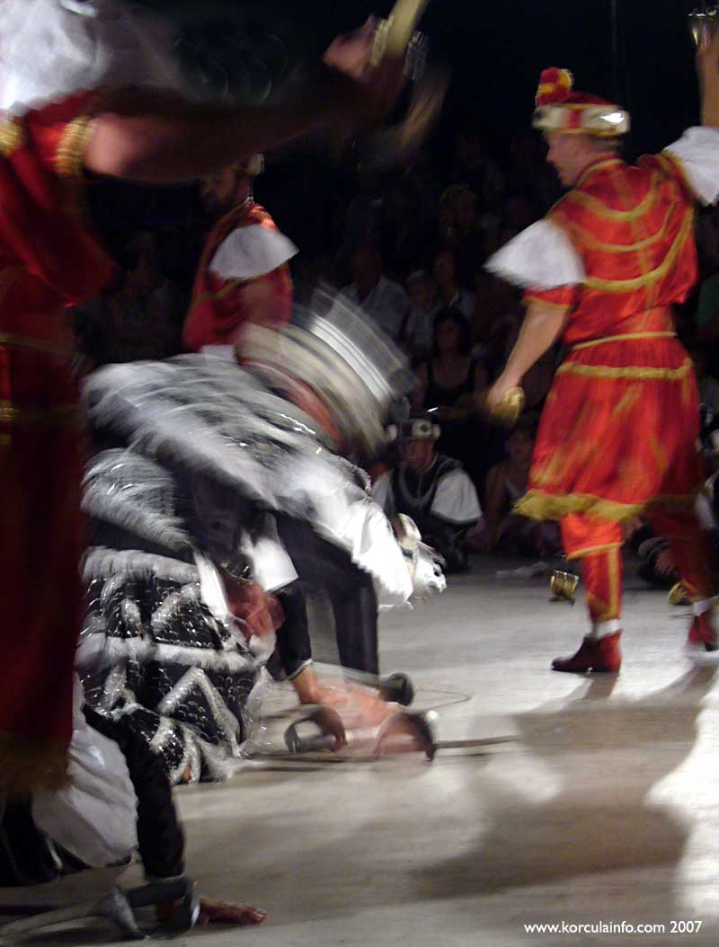 Black King Moro in Action - Moreska