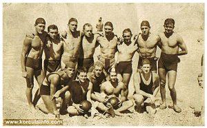 Some members of KPK water polo team after the match with Royal water polo team in 1933 Utakmica KPK - Kraljevska Ratna Mornarica, Trpanj, 18.08.1933, rezultat 7 prema 0 za KPK — with Veke Lozica, Zoro Palčok, Ante Jeričević , Ante Lovričević