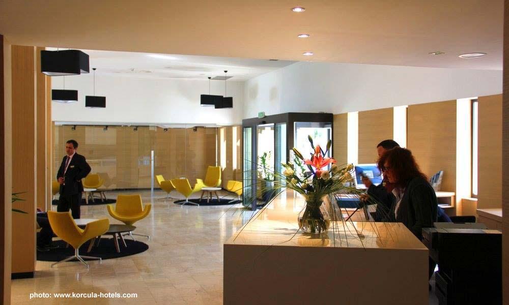 Reception desk @ Hotel Liburna