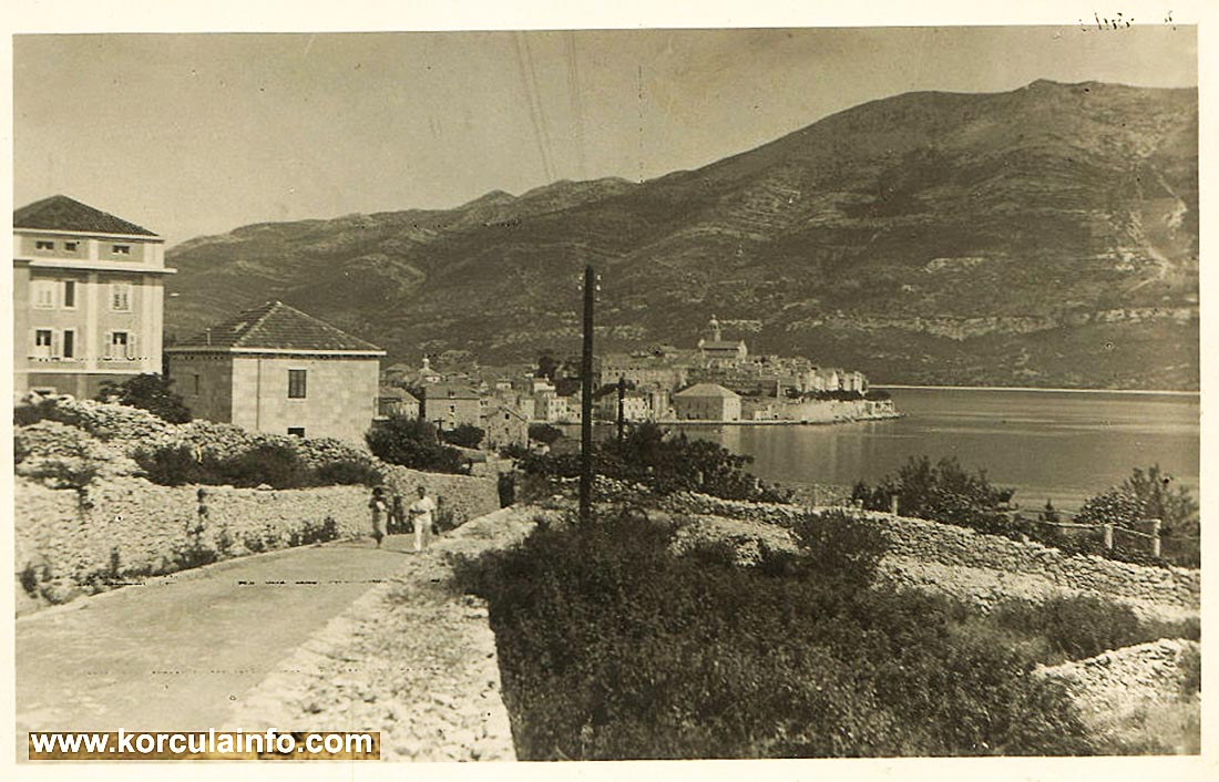 Borak & Views over Old town (1939)