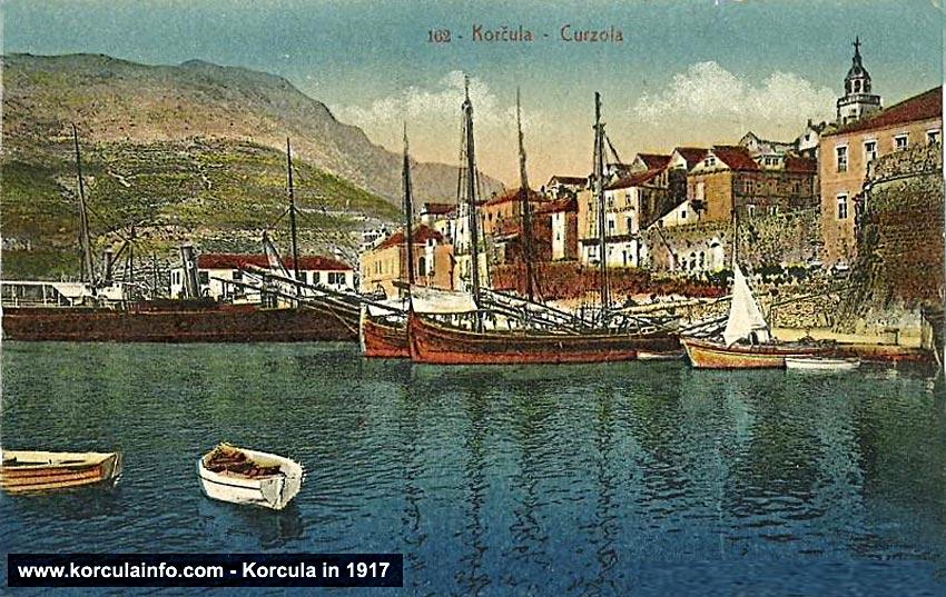 Port of Korcula (Riva) in 1917