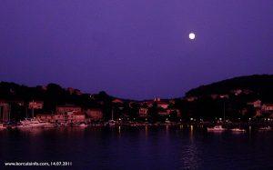 Moonshine over Lumbarda