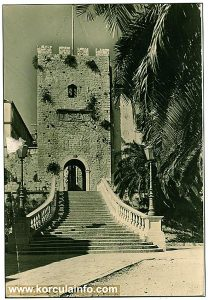 Large Revelin Tower - photo from mid 1940s