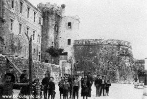 School Children at Riva (1930s)