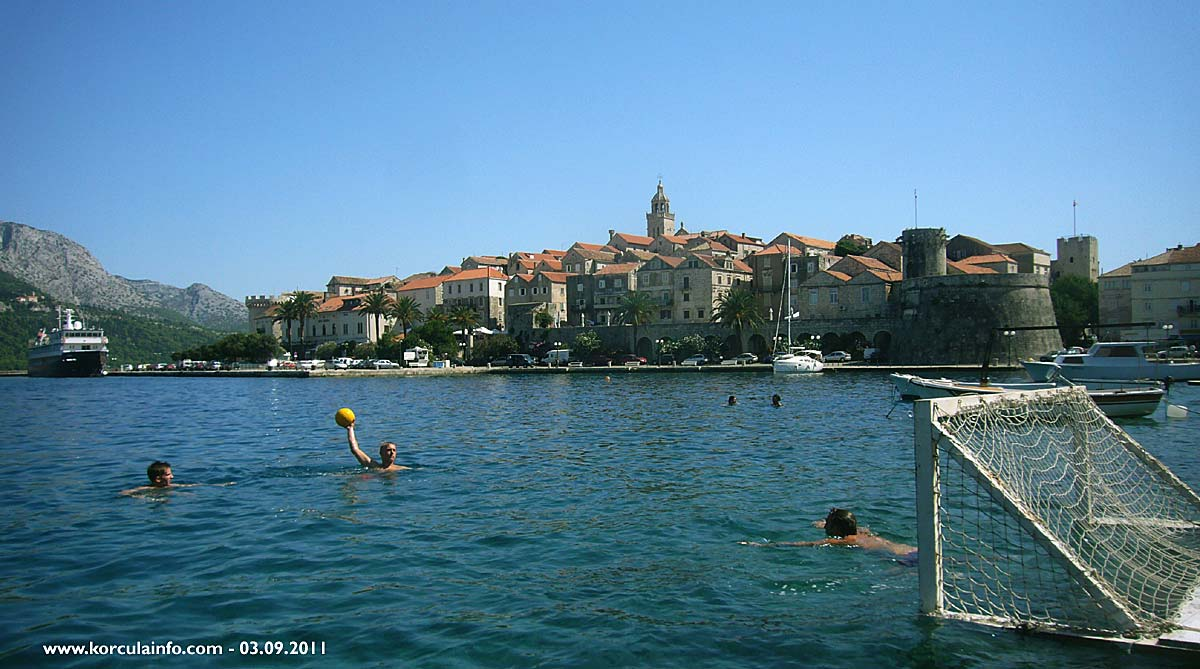 Playing Water Polo in Sveti Nikola - Korcula