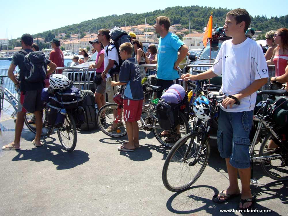 Cyclist @ Riva in Korcula