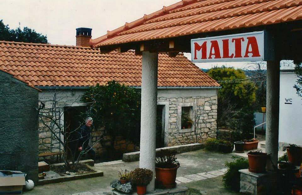 konoba-malta-garden2