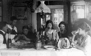 Family Lunch in Korcula (1911)