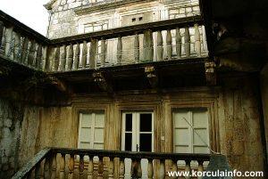 Balcony @ Ismaelli Palace