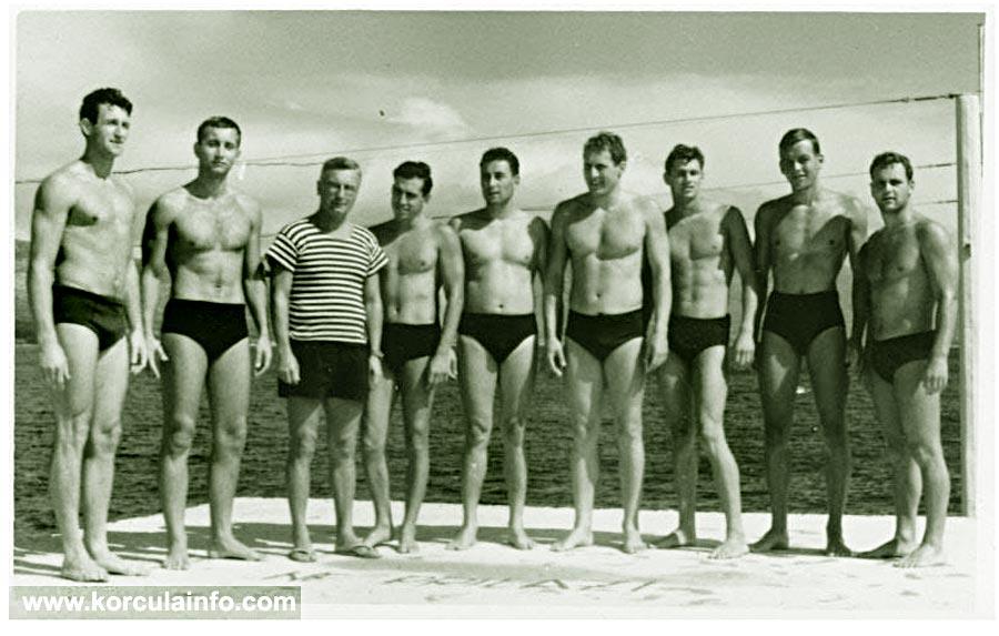 KPK water polo team in Korcula - 1958 - members include (from left): Zak Montina, Svemir Vilovic, Tomic (trener), Nikica Ivancevic, Branko Milat, Gojko Arneri, Andro Depolo, Egon Padovan i Felice Tedeschi