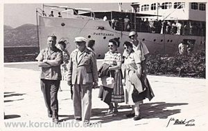 Tourists in Korcula, Riva 1956