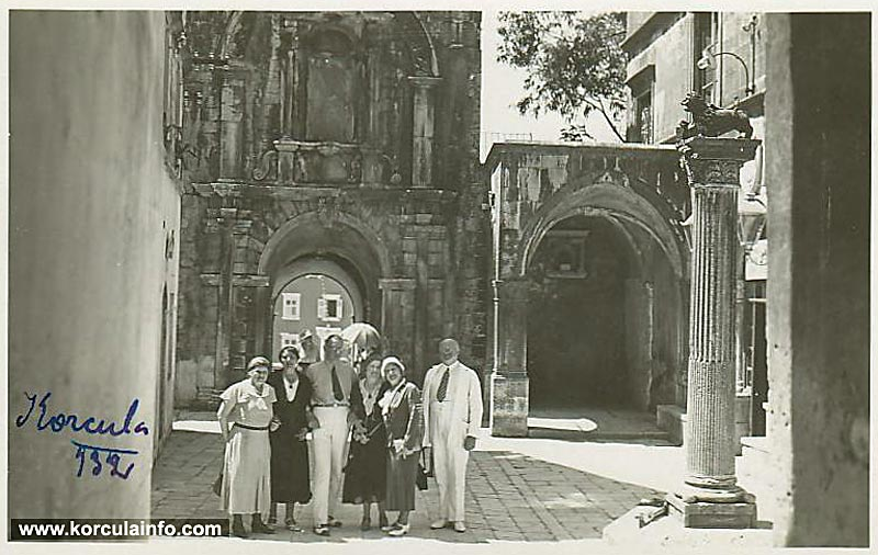 Tourists visiting Korcula in 1920s