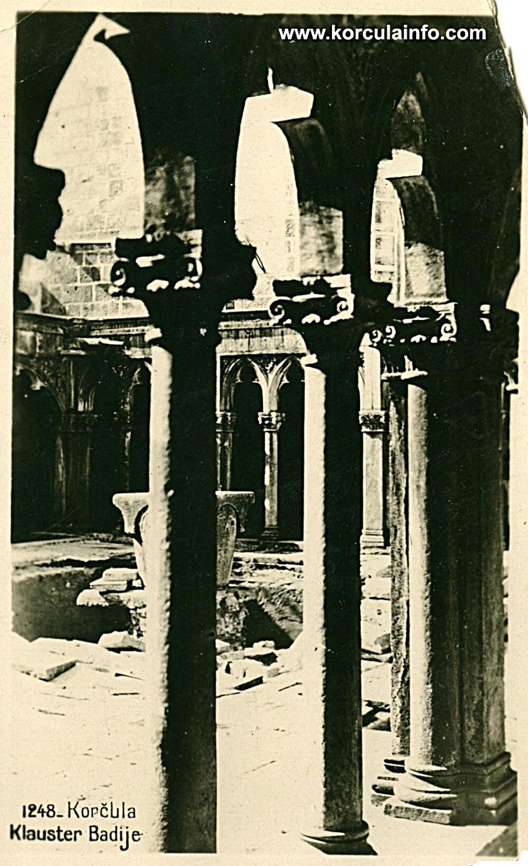 Pillars of the cloister - Badija