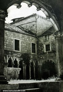 Cloister of the Franciscan Monastery on Badija in 1965 - detail