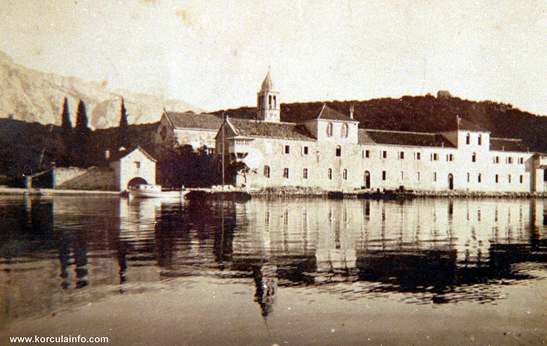 Franciscan Monastery on Badija in 1910 - South facade