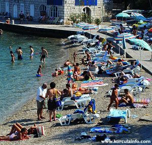 Buzy day on Banje Beach, Korcula