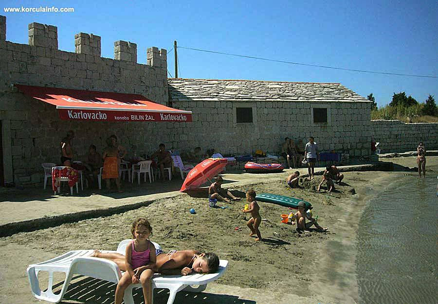 Sunbathing on Bilin Zal