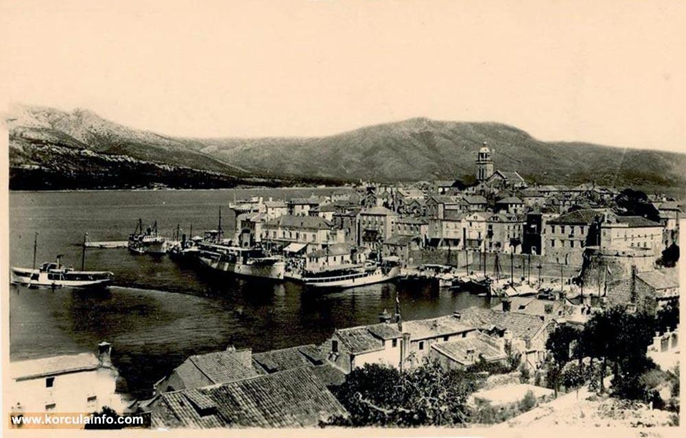 Riva in Korcula (Port) in 1920s