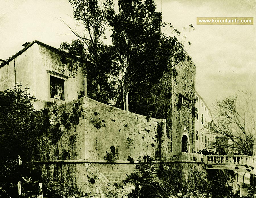 Large Revelin Tower - photo from 1910s