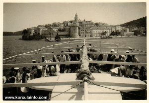 Approaching Korcula port (Riva 1951)