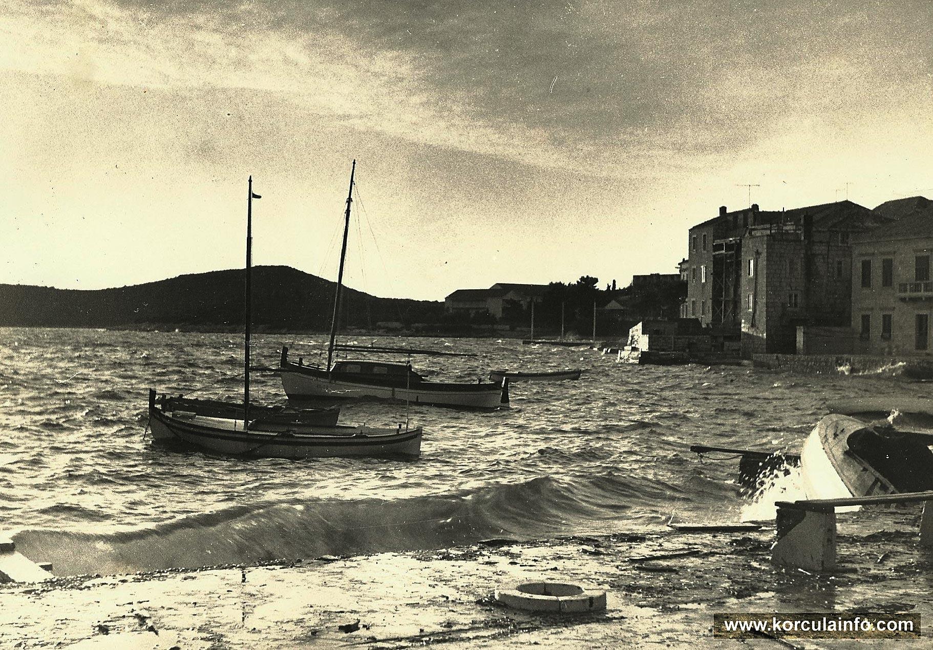 boats @ Punta Jurana in 1960s