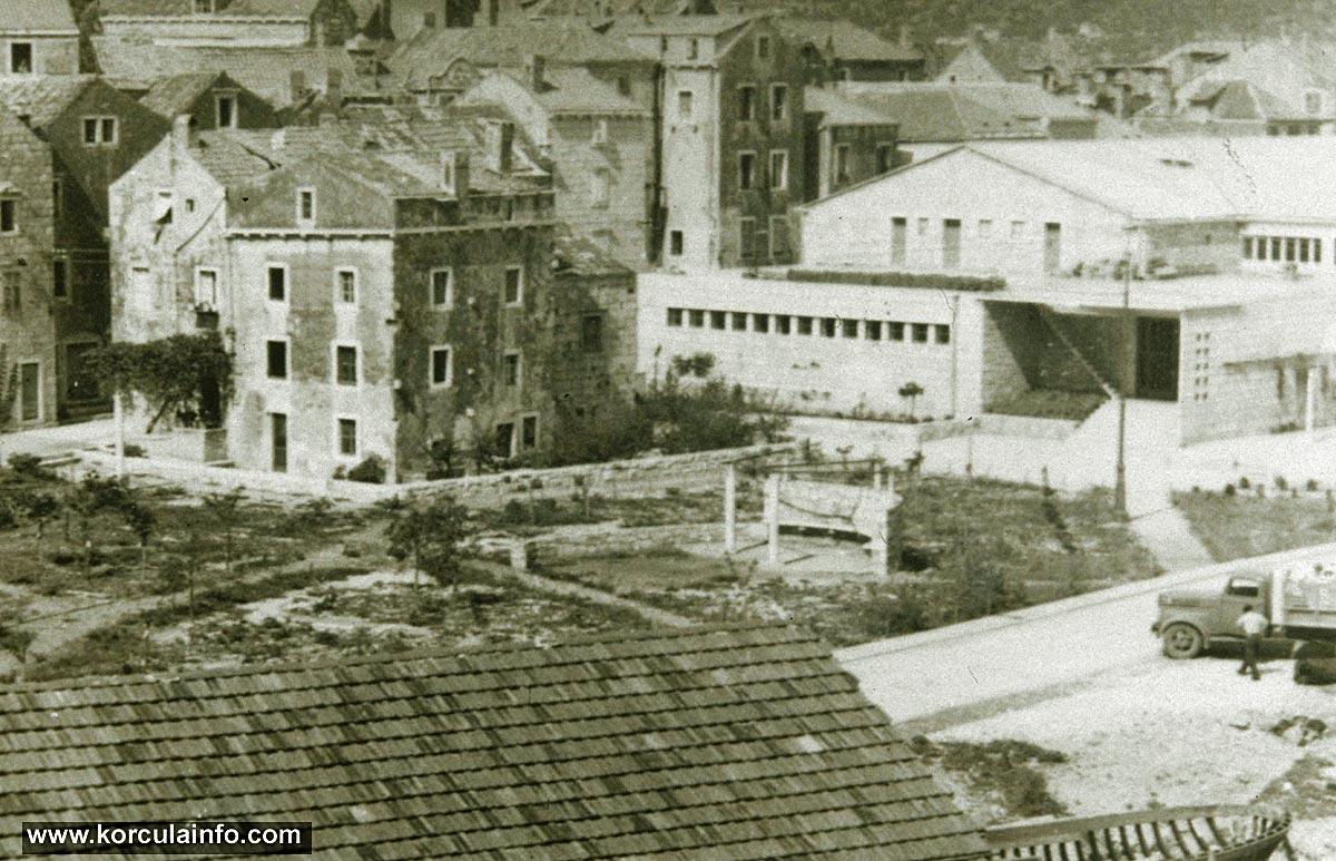 Punta Jurana, Dom Kulture, Borak - 1950s