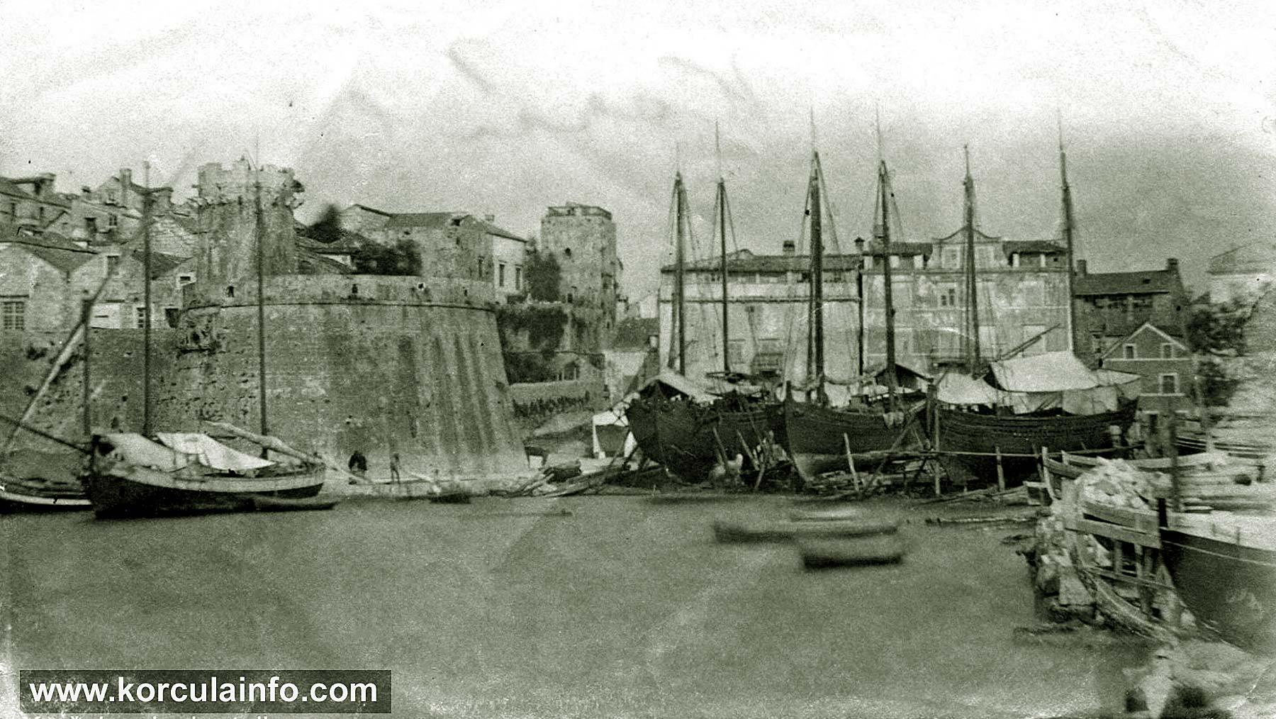 Small shipyard Sessa in Korcula (1900s)