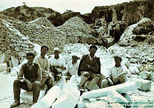 Stonemason in quarry @ Vrnik islet (1930)