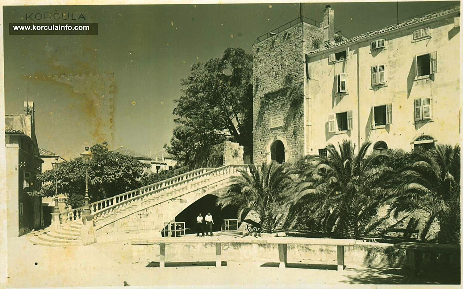 Large Revelin Tower - photo from mid 1930s