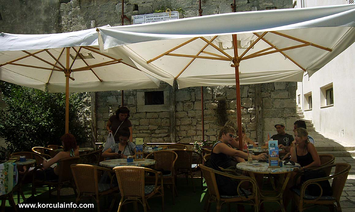 cupido-cafe-bar-korcula4