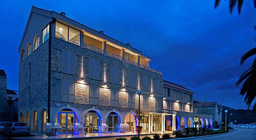 Vela Luka hotels