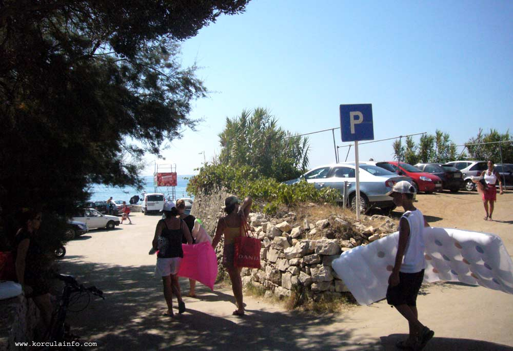 Parking and Access to Vela Przina, Lumbarda