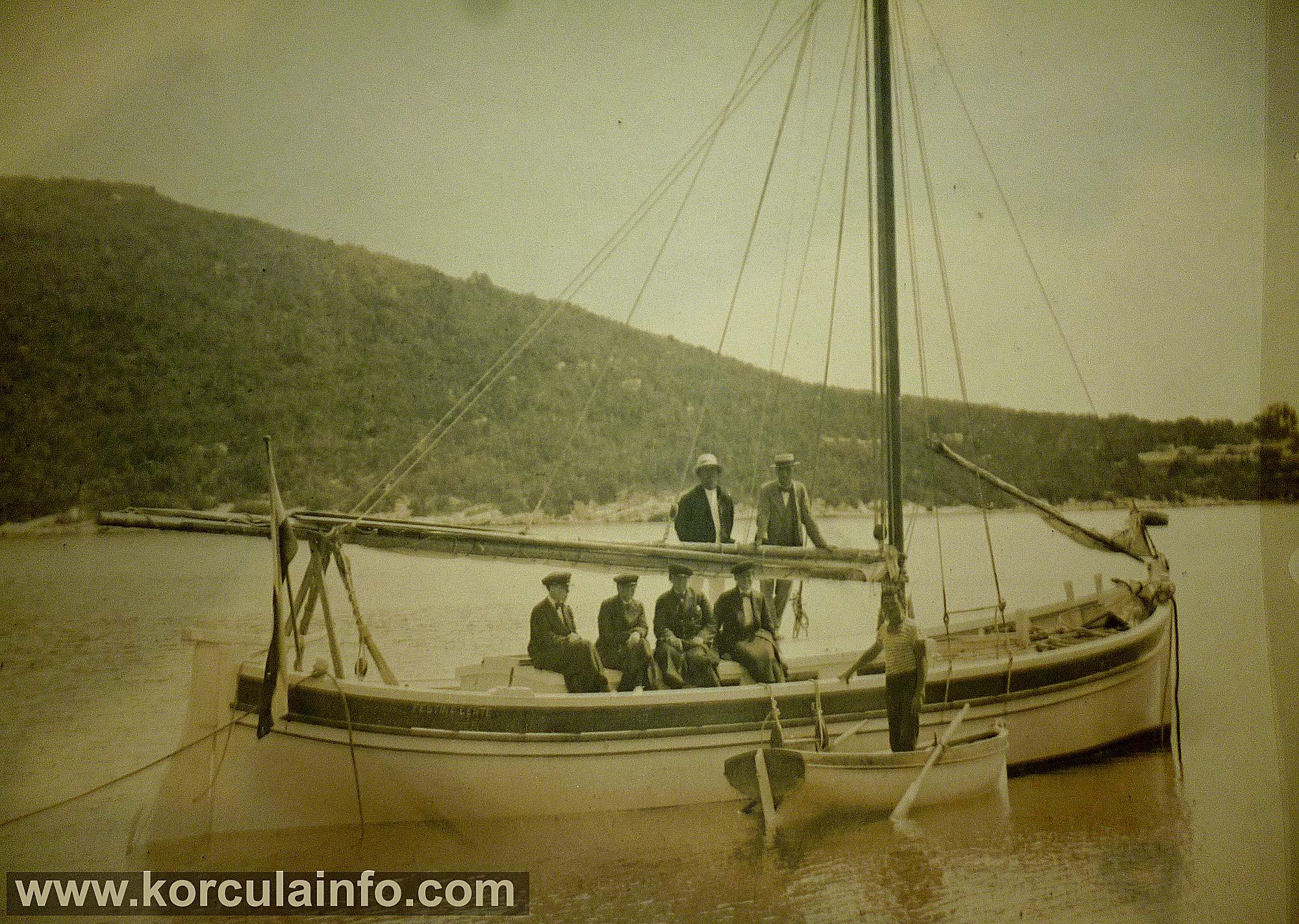 festina-lente-nasta-rojc1930s1