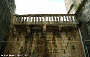 Balustrade @ Balcony in Courtyard of Španić Palace (palača Španić) in Korcula