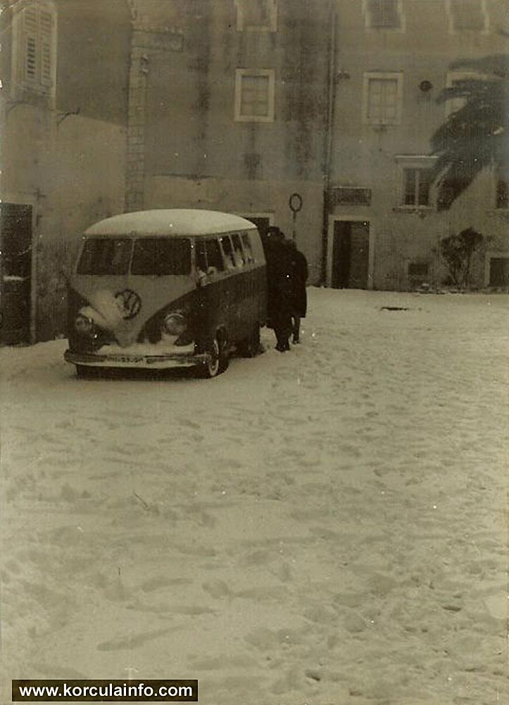 Snow in Korcula - with VW T1 Split Screen Bus (1963)