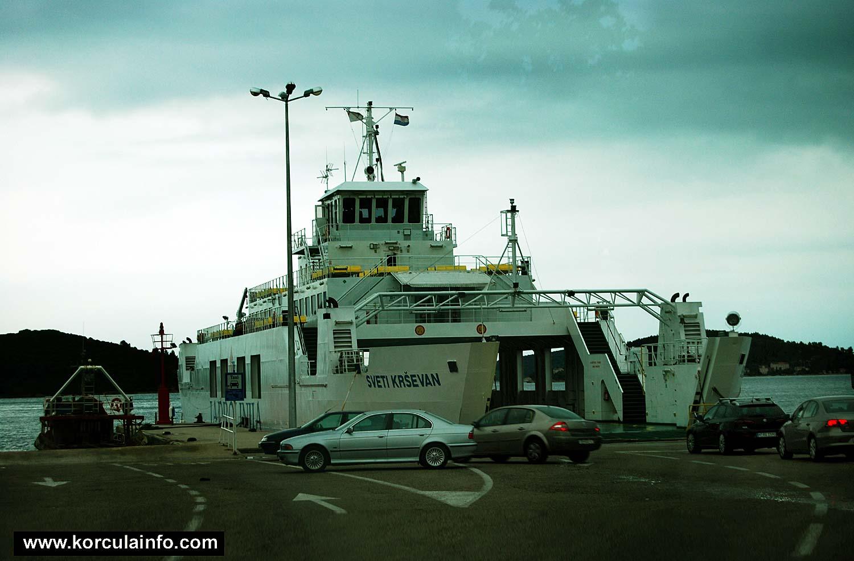 Ferry Sveti Krsevan in Domince (Korcula) port