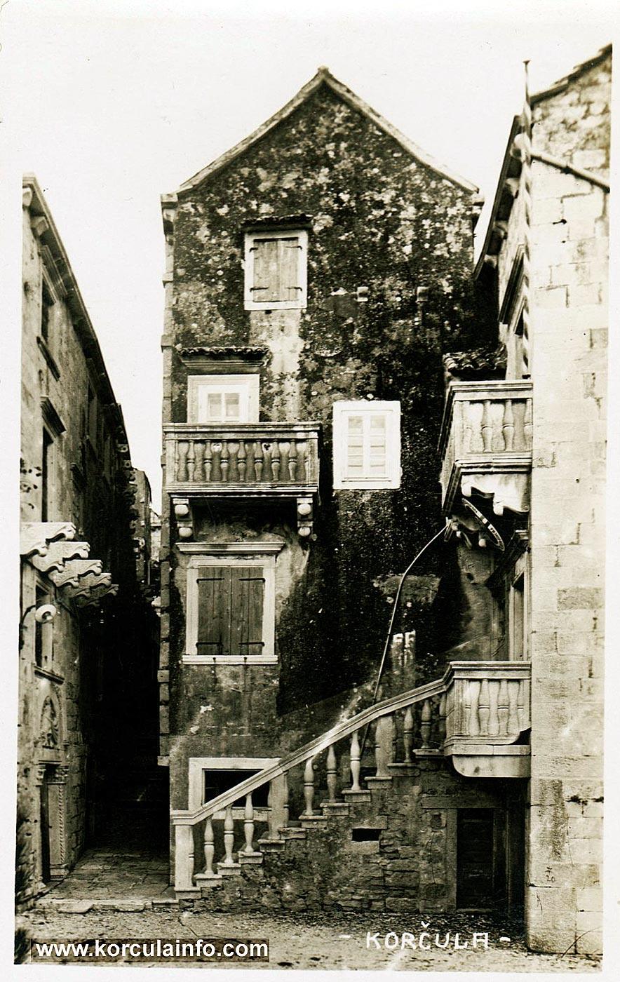 Balconies @ House of Marko Andrijic, Korcula