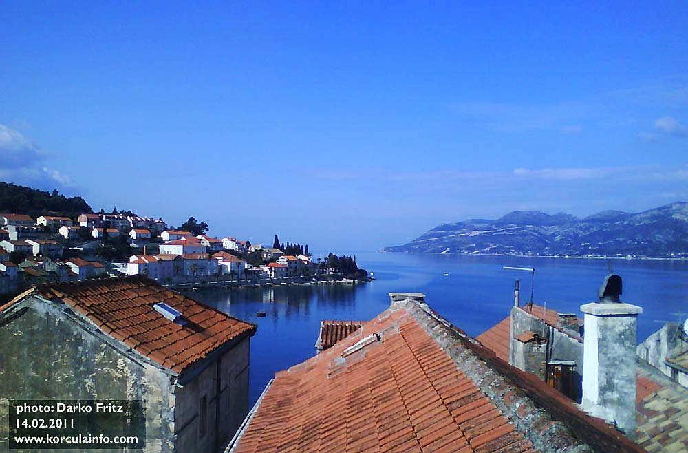 Views from balcony over Korcula roofs