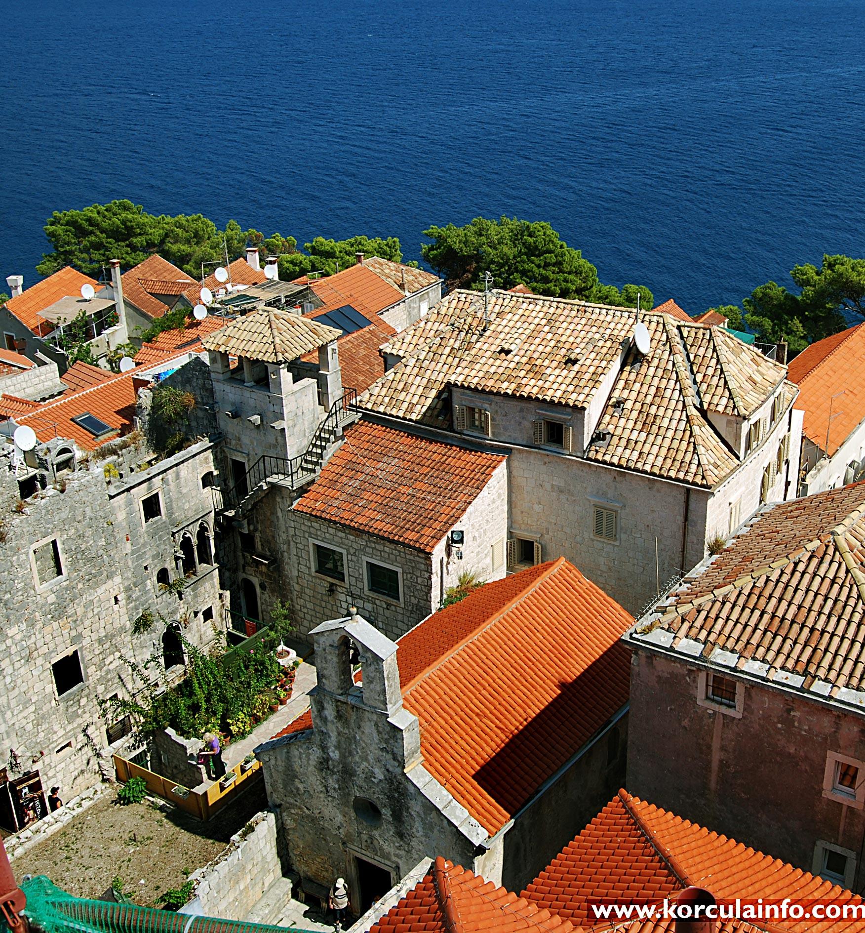 Views over Marco Polo House, Church Sveti Petar and Lesic - Dimitri Palace