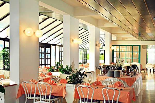 Interior - restaurant at the hotel