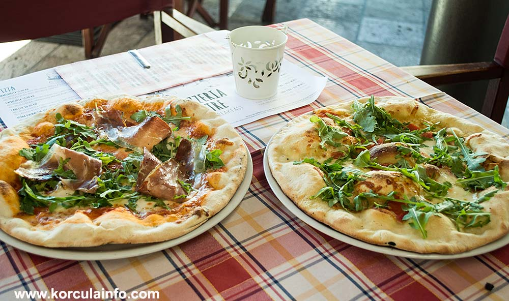 Pizzeria Bistre is popular small pizza restaurant