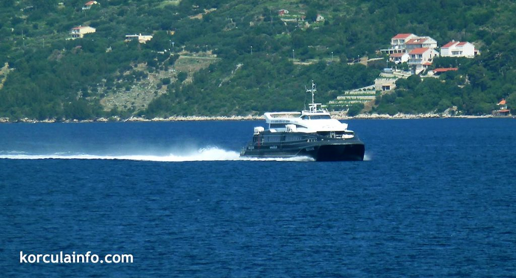 Fast catamaran ferry Krilo from Dubrovnik to Korcula