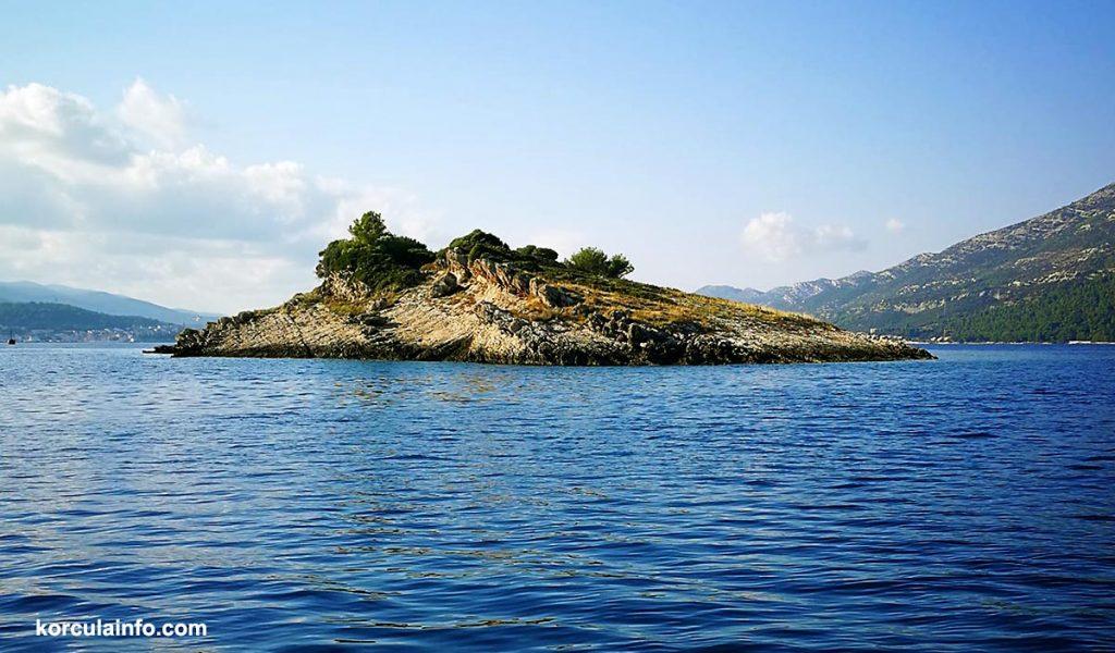 Lucnjak islet, korcula archipelago